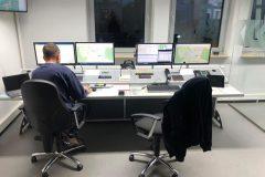 Besetzter Funktisch in der Zentrale