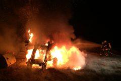 Schnellangriff auf brennenden Traktor