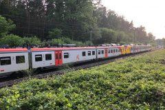 Stillstehende Regionalbahn HLB