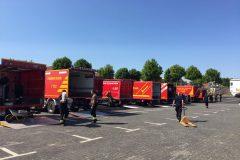 Gerätewagen aller umliegenden Feuerwehren
