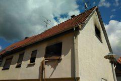 Brandgebäude mit Schäden im Obergeschoss