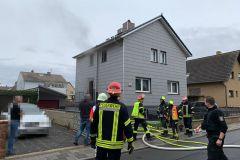 Rauch aus Gebäude