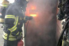 Brandbekämpfung mit Feuerlöscher