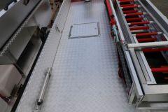 LF 10 KatS Dachansicht mit geöffnetem Dachkasten