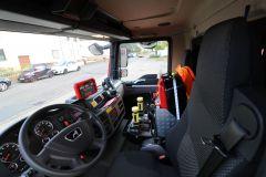 LF 10 KatS Innenansicht Fahrerkabine