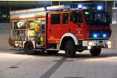 LF 16/12 - Fahrzeug vor Landratsamt